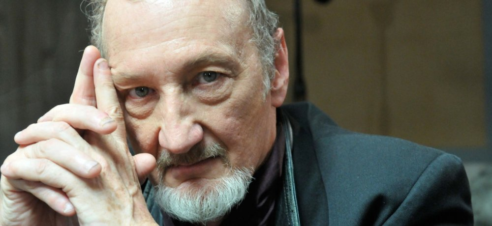 Robert Englund to host Shadows of History