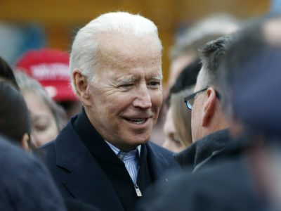 Biden breaks his own vow and touches a girl at a Rally