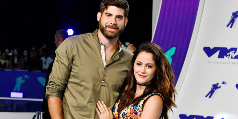"""Jenelle Evans """"Distraught"""" After Her Husband David Eason Allegedly Shoots and Kills Her Dog"""