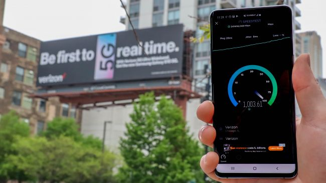 5G network speed tests in Chicago showing outstanding results