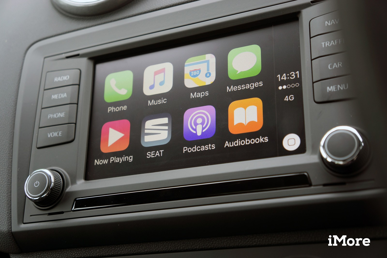 Apple CarPlay software to be installed in few Lexus Cars of 2018