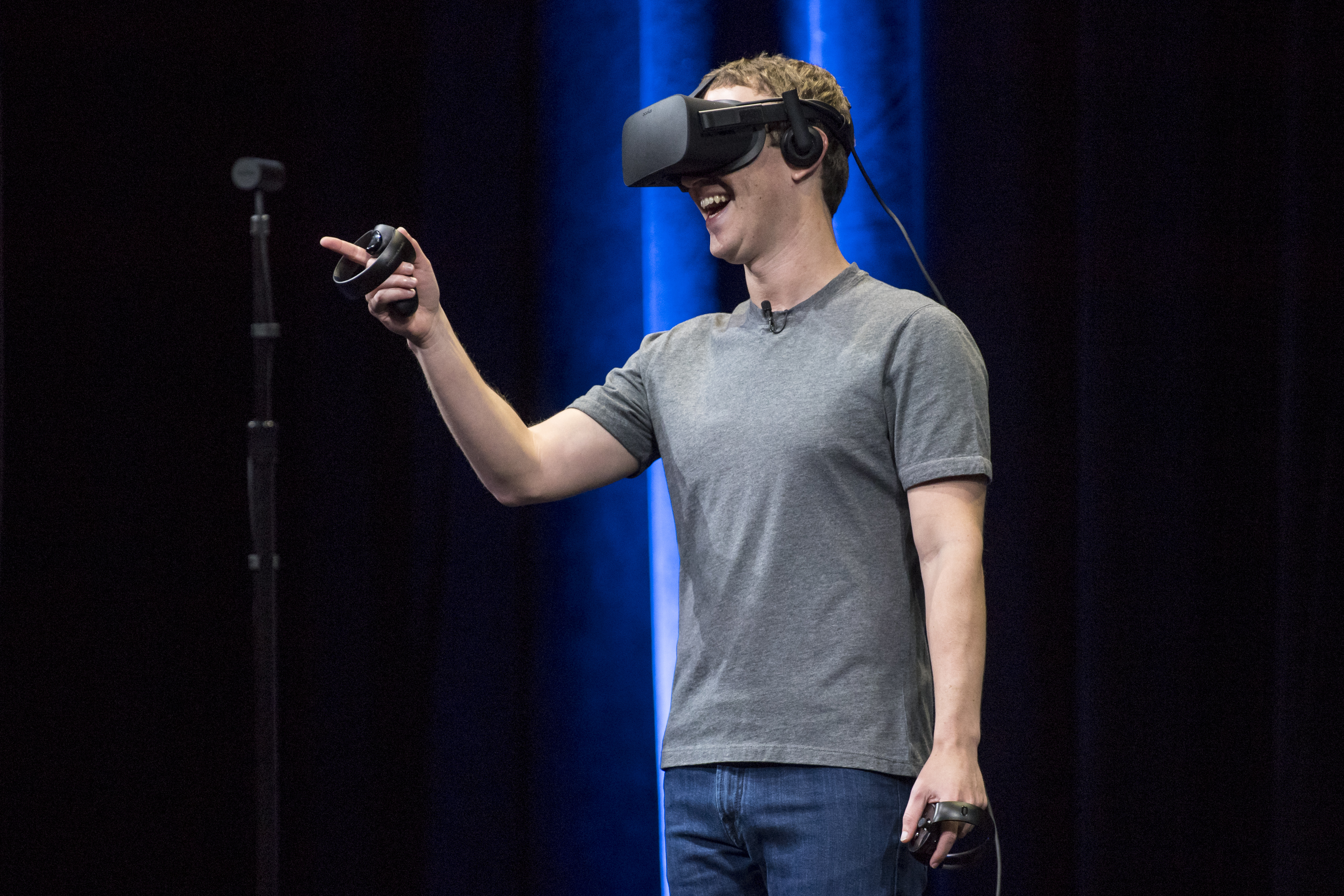 Facebook VR headset Oculus Quest's review