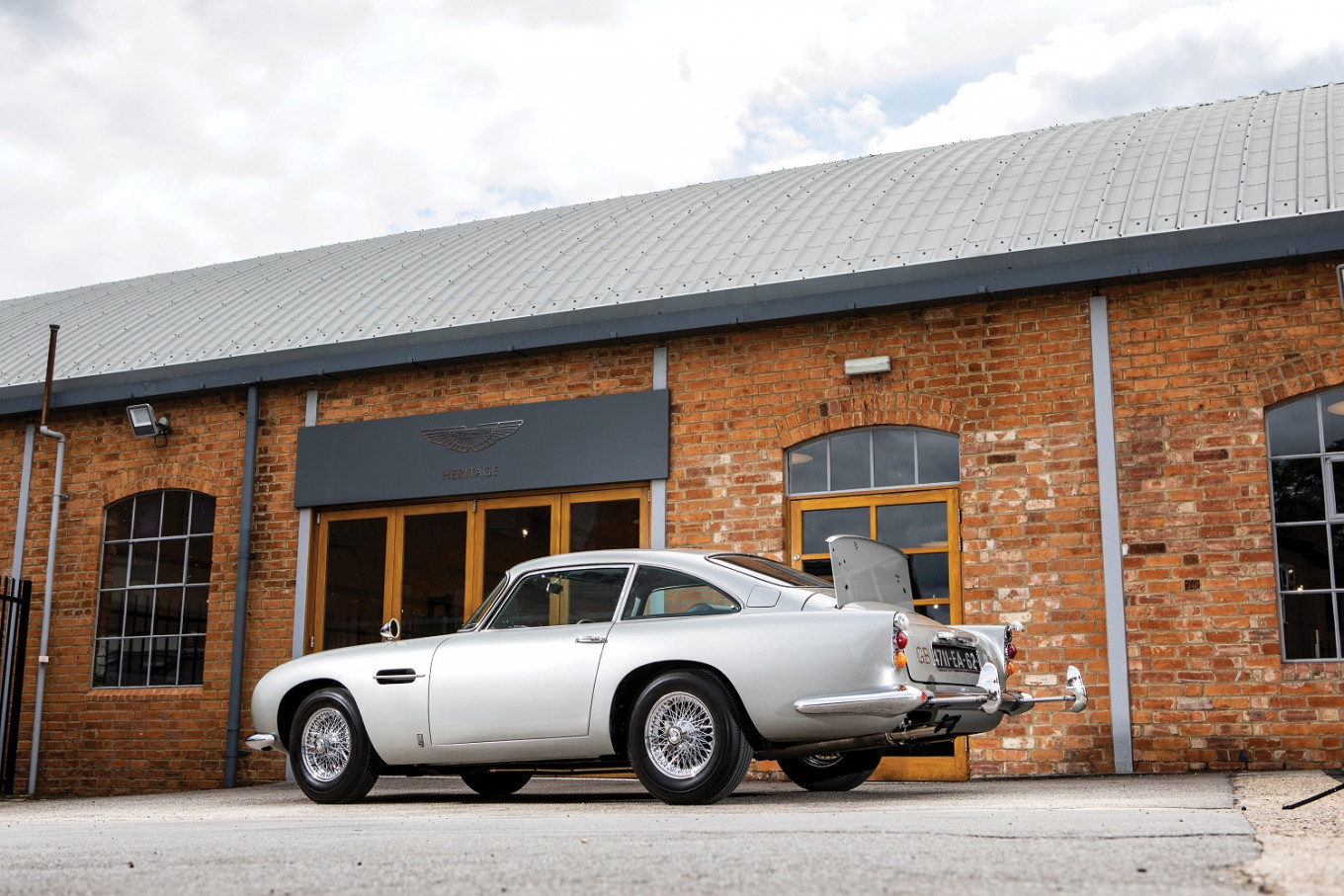 James Bonds Aston Martin is up for auction