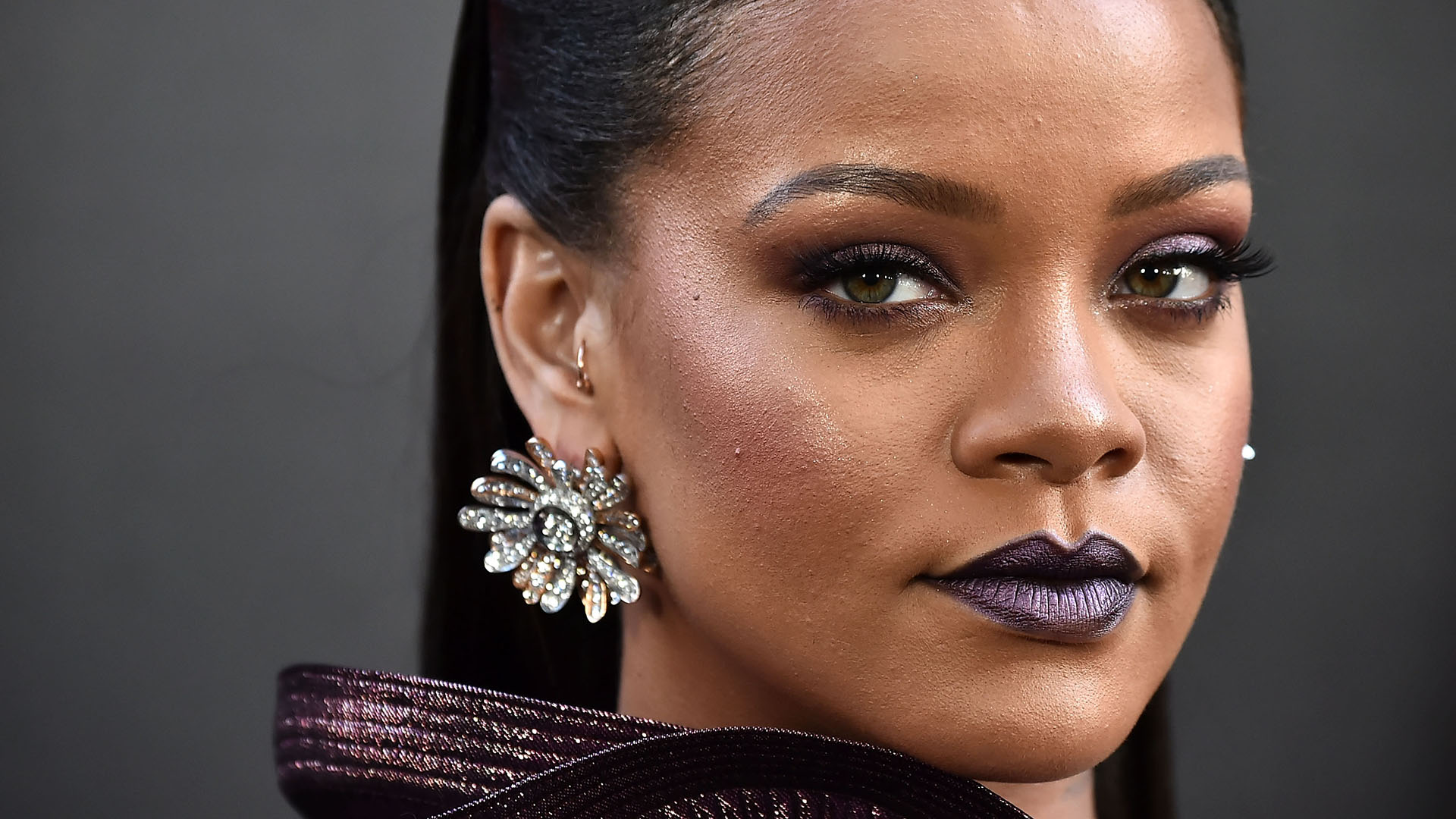 RiRi Becomes The Richest Female Musician