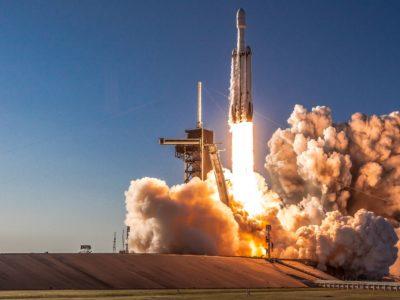 Falcon Heavy launches for third time, along with 24 satellites and other equipment