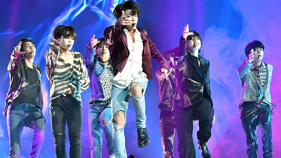 BTS makes its debut on the Top ten songs by Billboard,