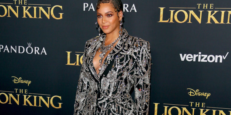 Beyonce got a standing ovation for just existing! says Seth Rogen