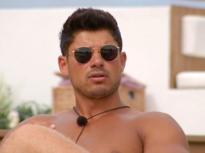 Love Island Scottish contestant Anton Danyluk leaves villa to seek medical help