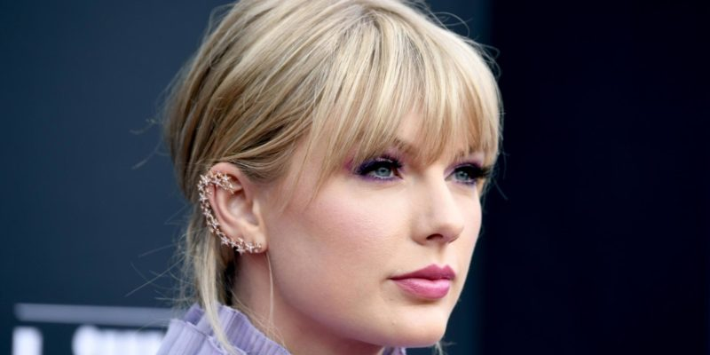 Taylor Swift calls Scooter Braun a manipulative bully in her scathing post.