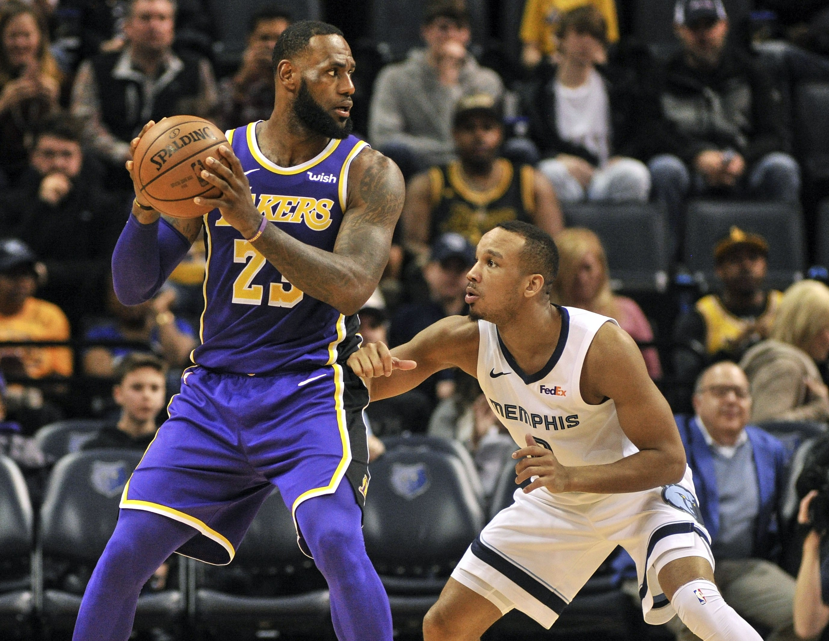 Avery Bradley joins the long list of Guards at Lakers