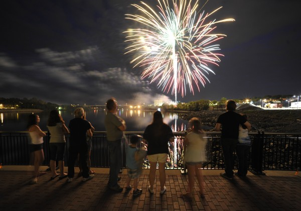 Maine firework sale boomed after legalization on 2012