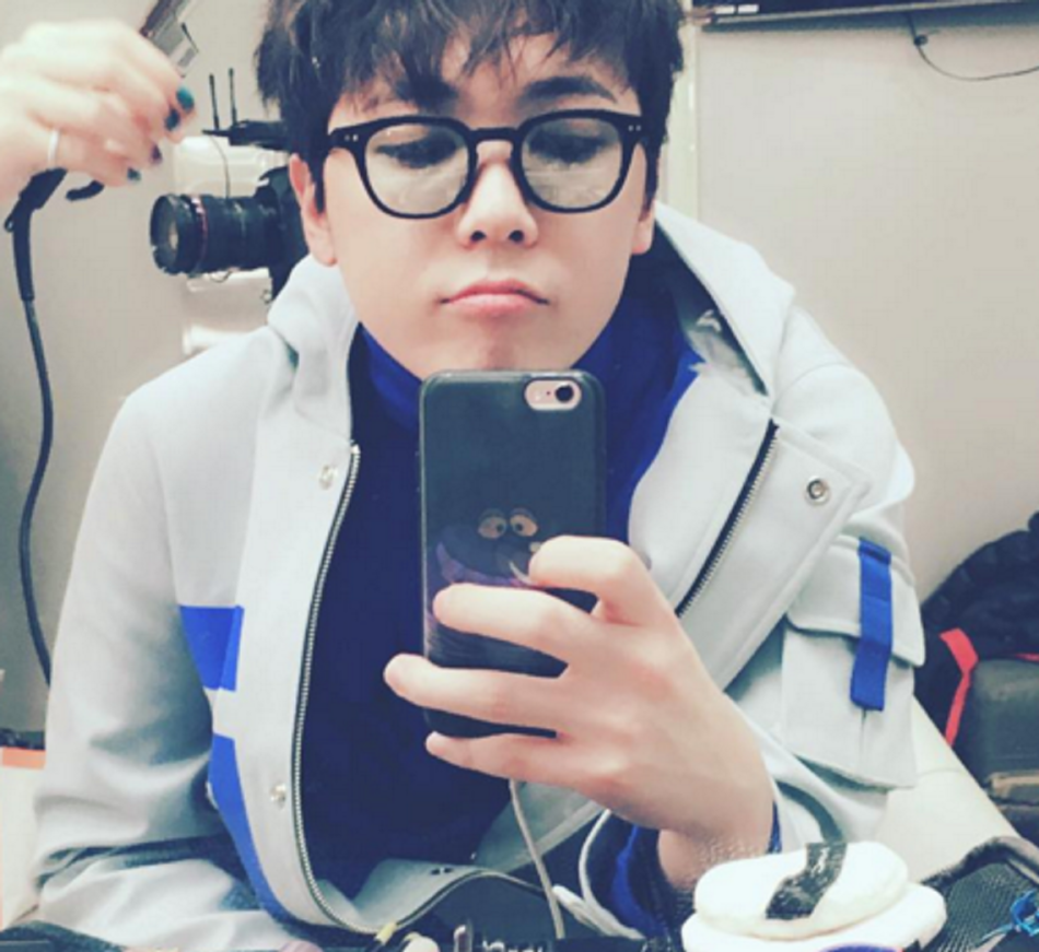 15 Korean Celebs that look Extremely Adorable in Glasses
