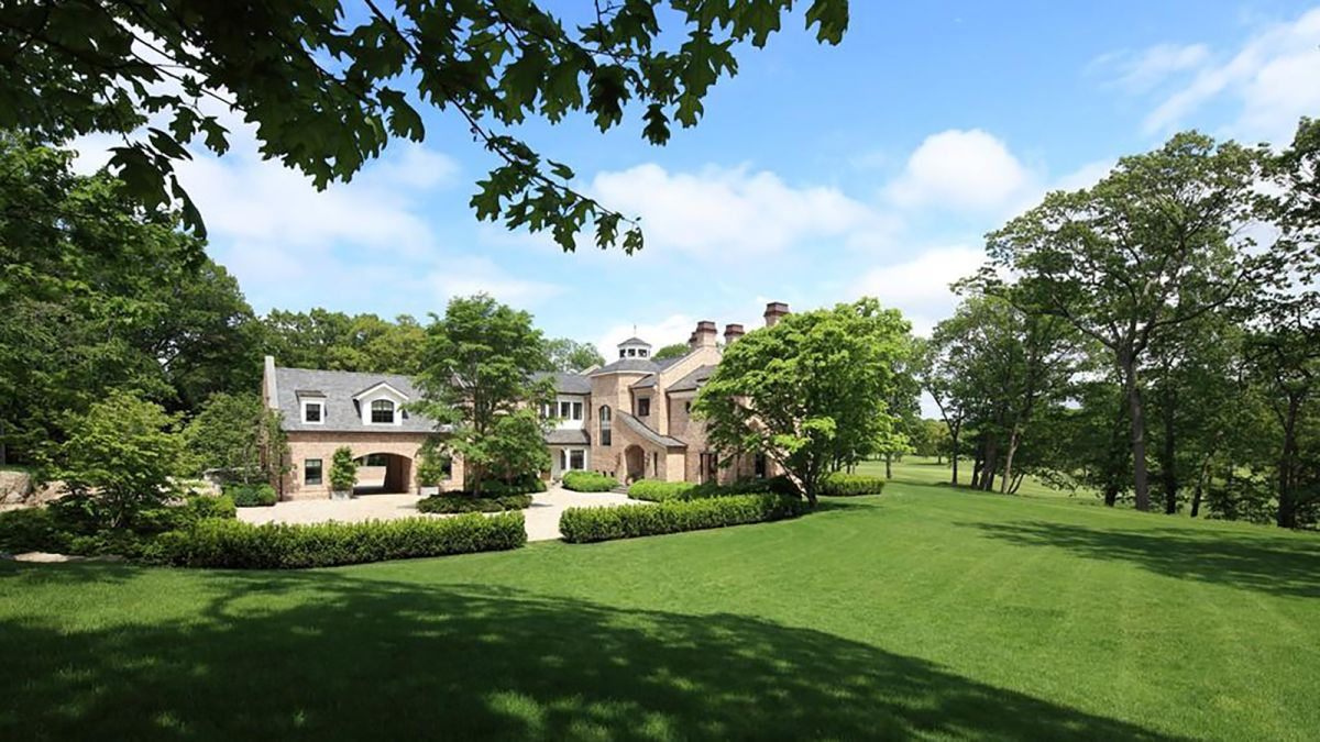 Tom Brady and Gisele Bundchen all set to sell their millions worth villa