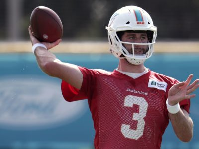 Josh Rosen throws 291 yards to help Miami defeat Atlanta