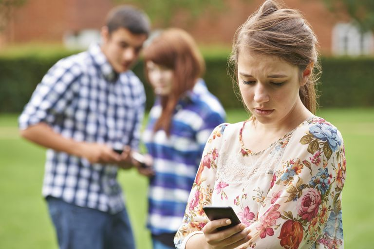 The relationship between social media overuse and teenage mental health