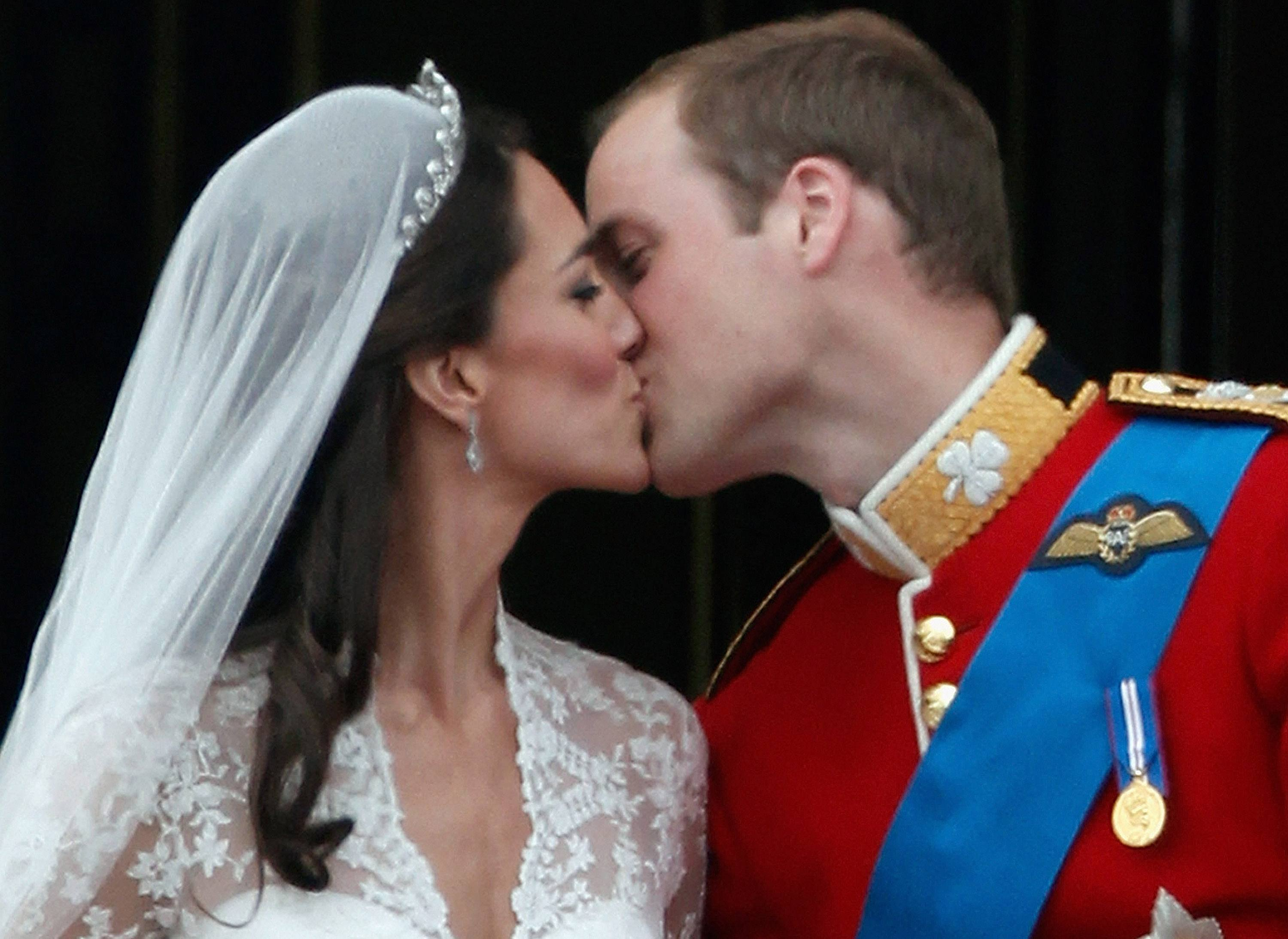 Royals can also have Public Display of Affection