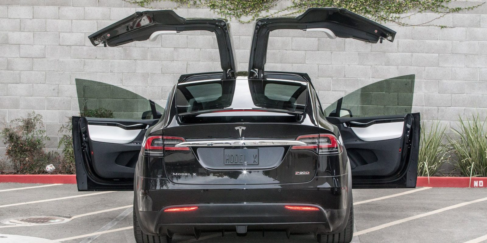Tesla Doors are Ineffective and Faulty