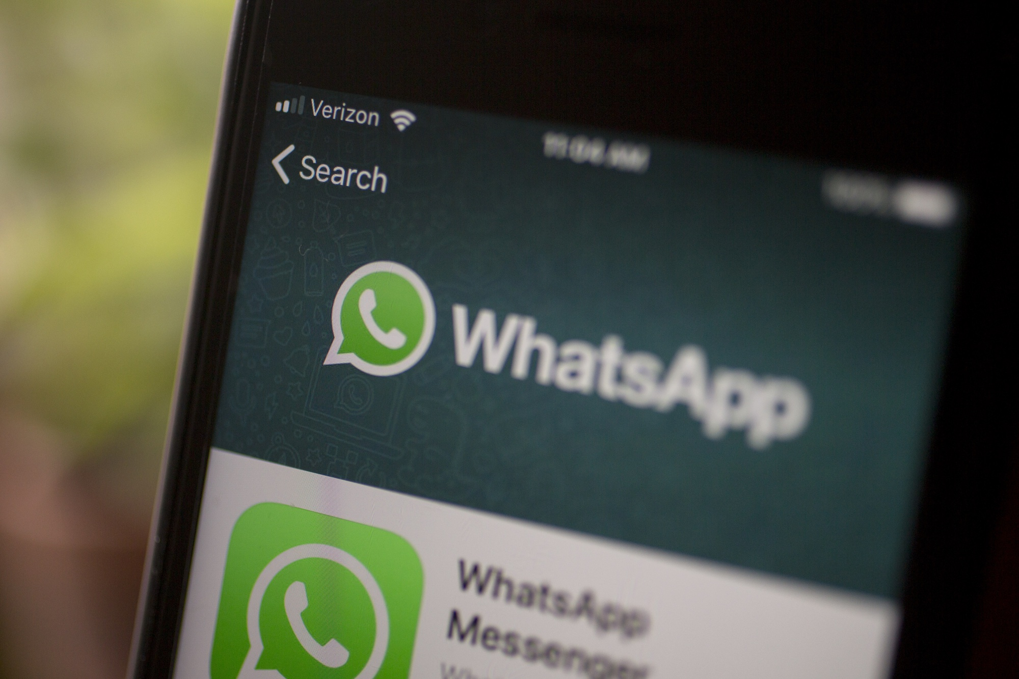 How to Stay Safe from WhatsApp Hack Virus