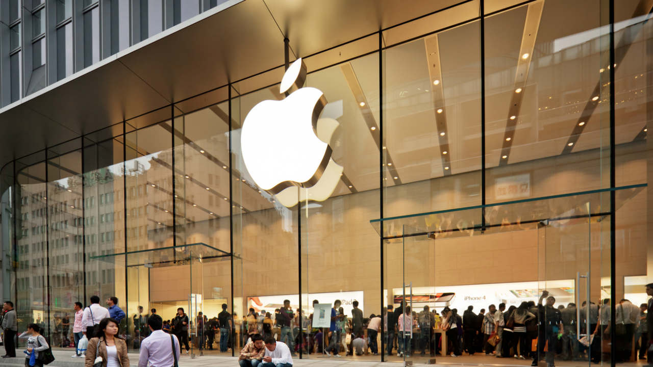 Predictions for Other Retailers vs Apple Official Stores