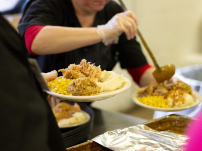 Thanksgiving Community Dinner List of Places and Timings you can Help Volunteer