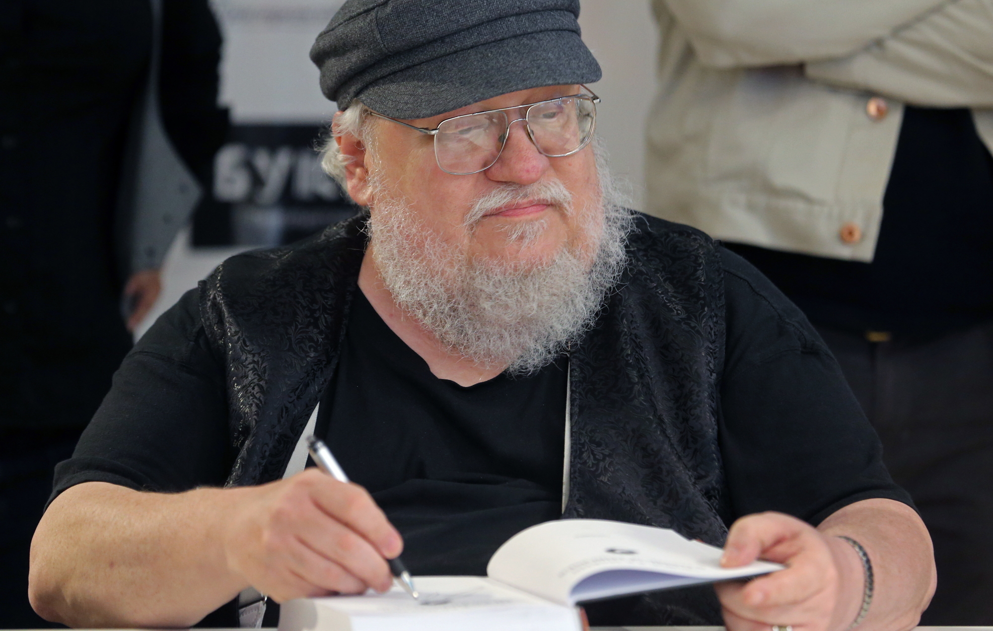 George RR Martin on the TWOW Story, Battles and Ending