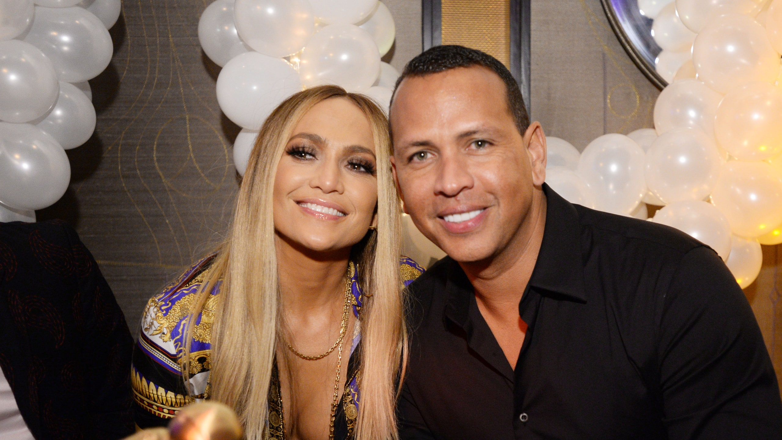 Jennifer Lopez and Alex Rodriguez will have a September Wedding