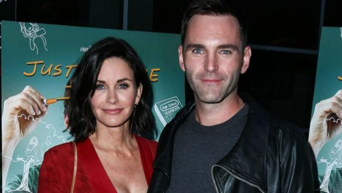 Courtney Cox is Desperate to Marry Johnny McDaid in the Quarantine