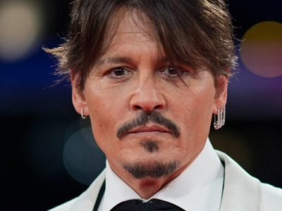 Johnny Depp to play Bounty Hunter in the new Ghost Rider movie along with Keanu Reeeves