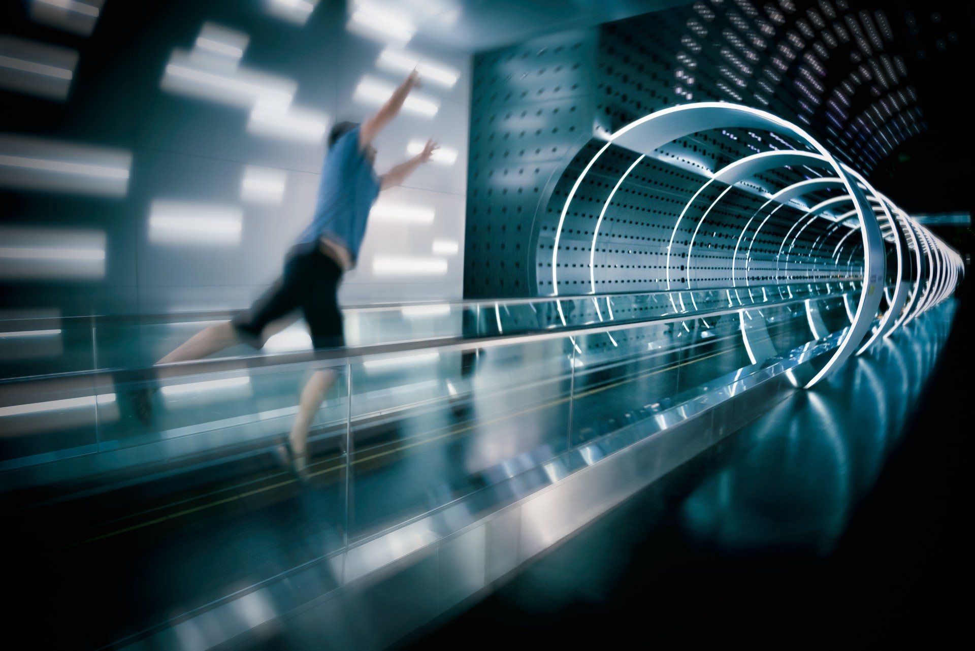 Teleportation Device Patent Submitted on Google Patents