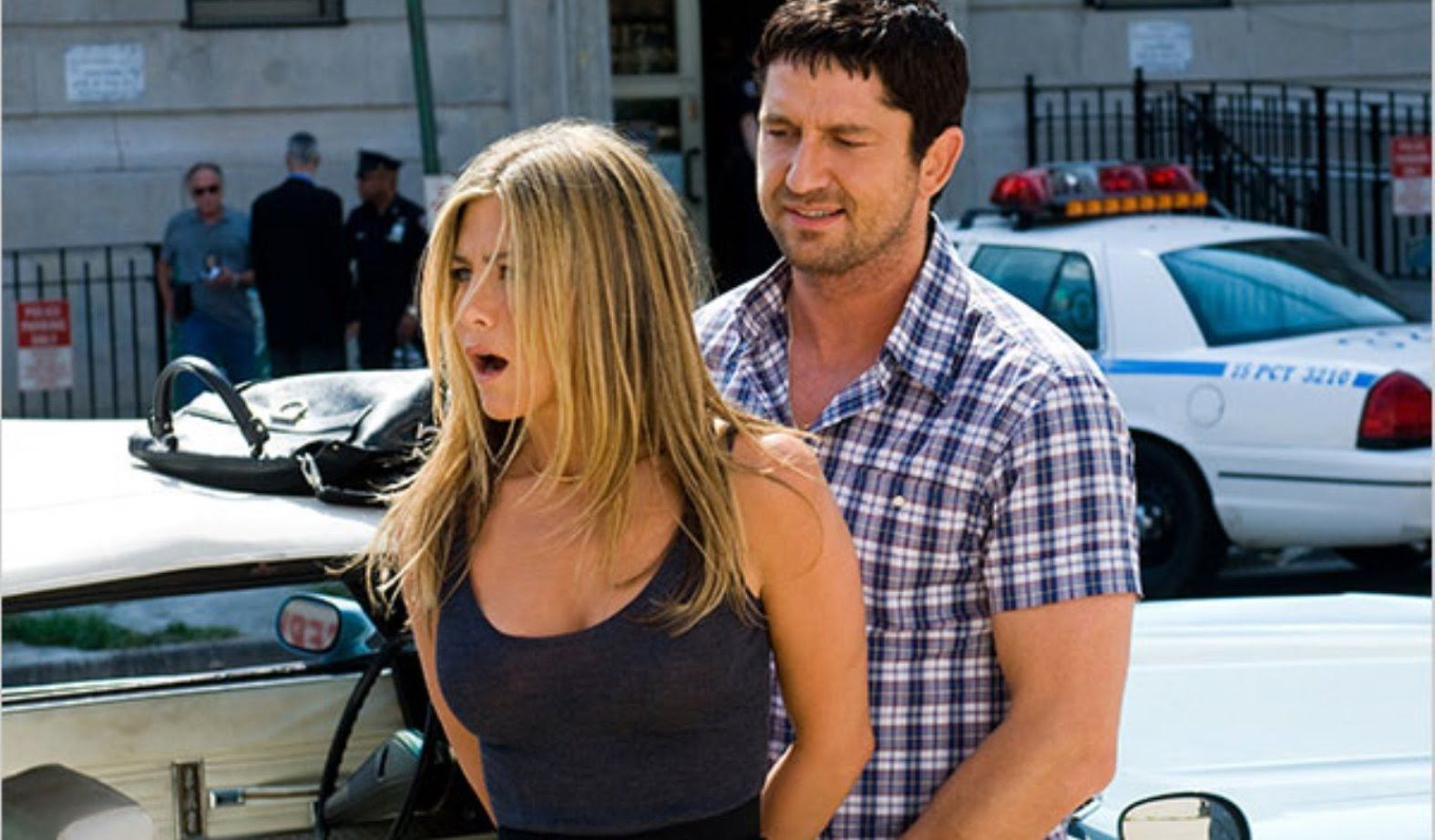 Jennifer Aniston and Gerard Butler are Secretly Hanging Out