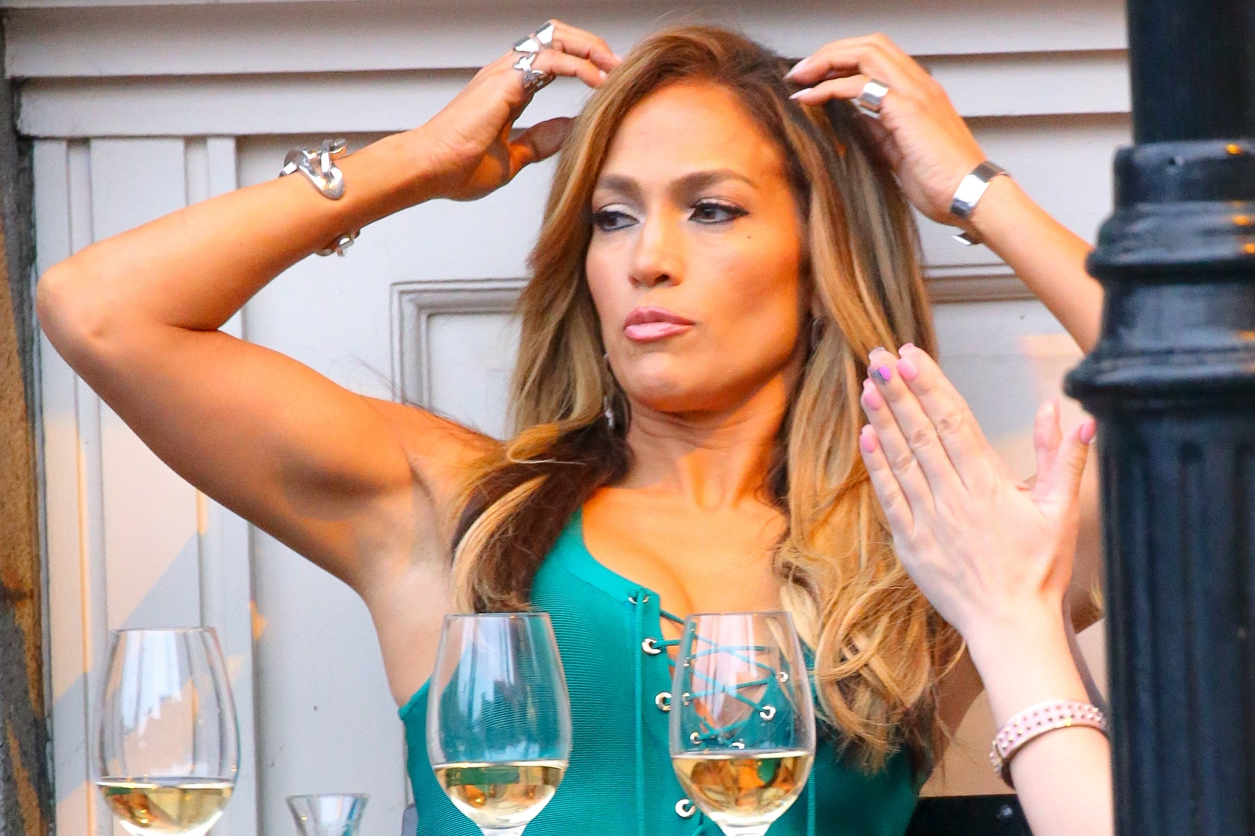 Jennifer Lopez is Drinking a Lot amid Problems with Alex Rodriguez
