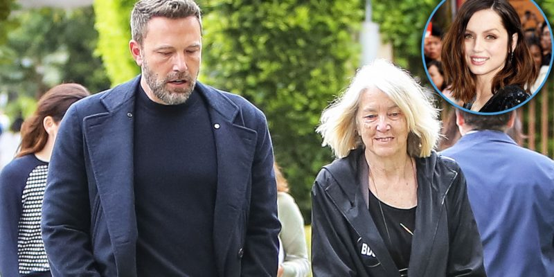 Ben Affleck with mom