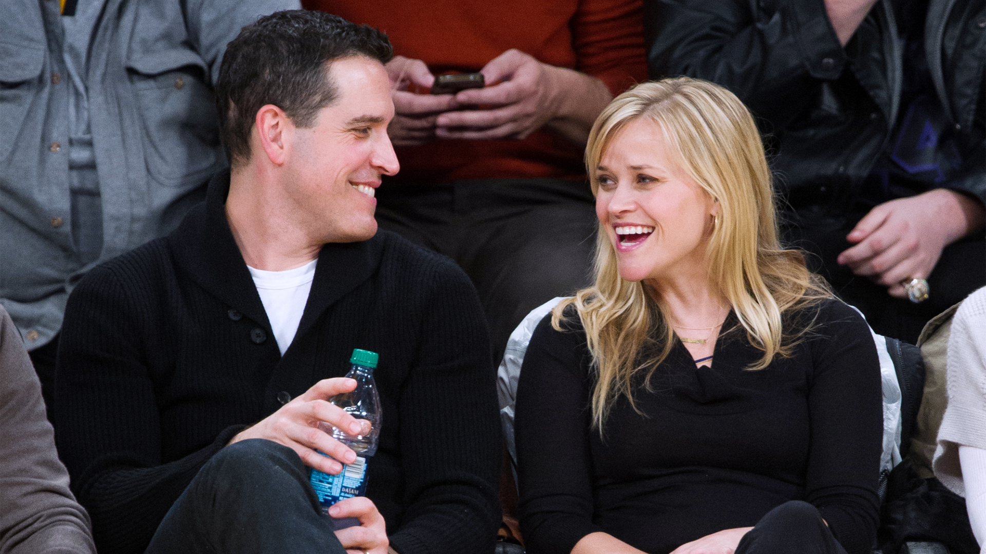 Reese Witherspoon cheated on Jim Toth with a Mystery Guy