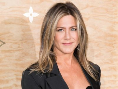 Jennifer Aniston Heartbreak Rumors- Jen Starving herself as Brad Pitt is Dating a German Model
