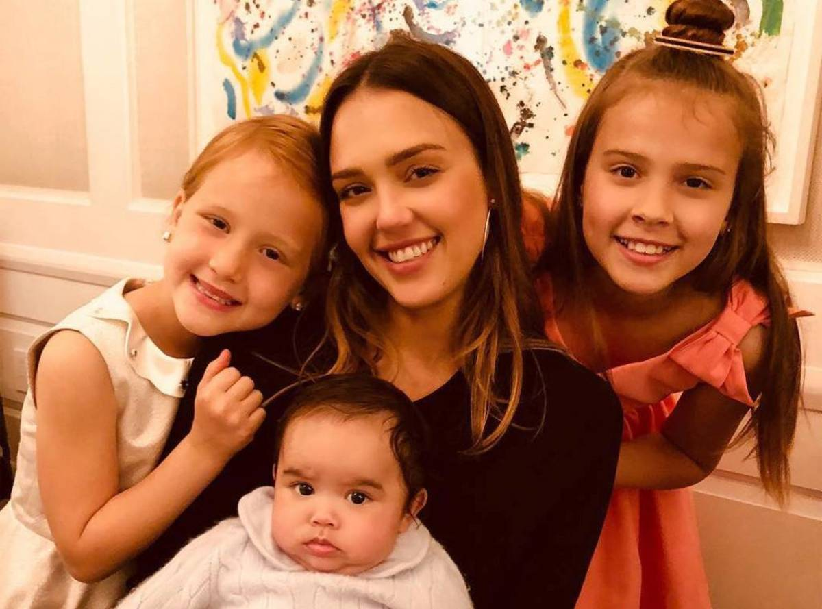 Jessica Alba took the Kids on a Trip to get away from Cash Warren