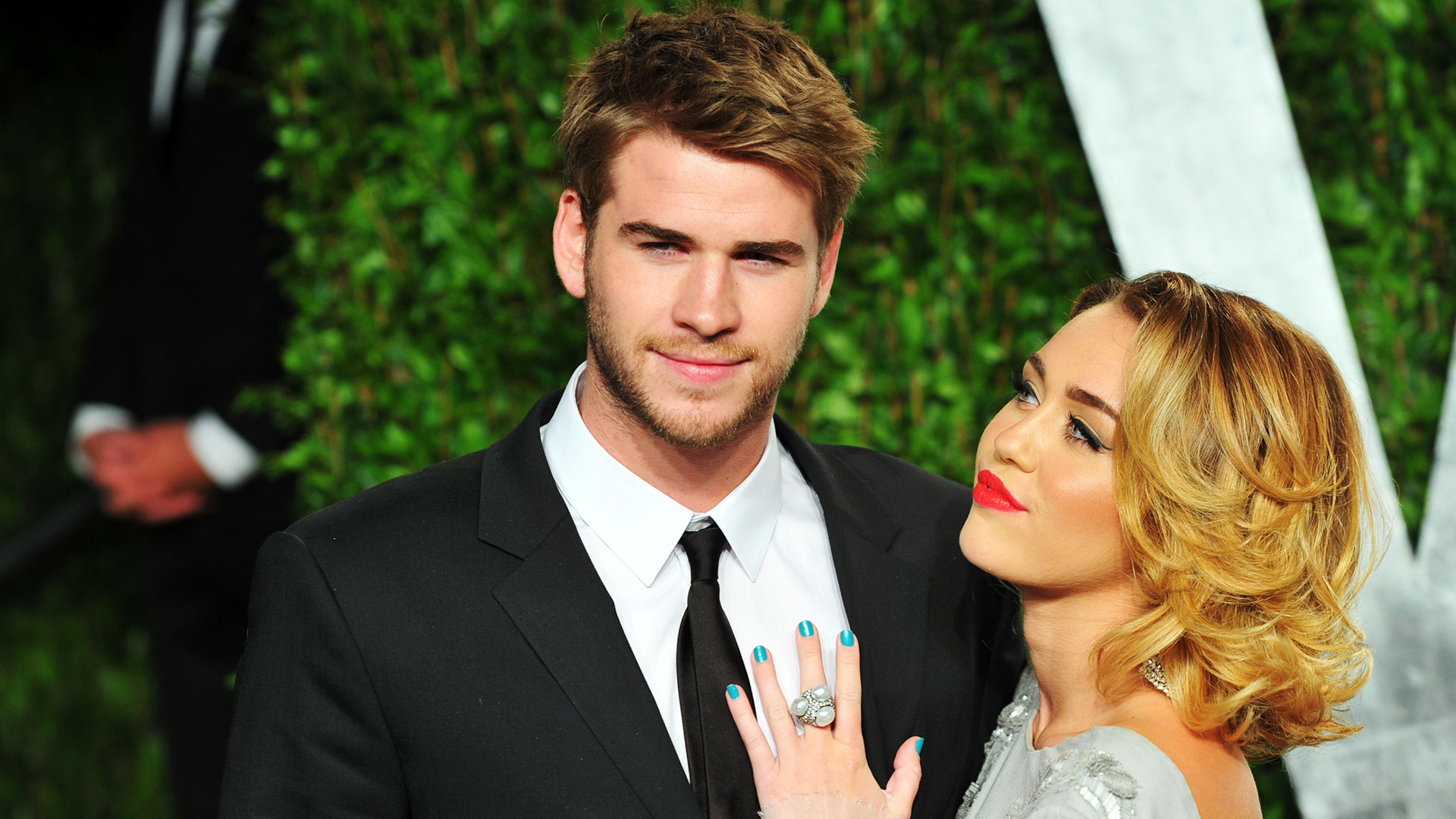 Miley Cyrus, Liam Hemsworth Baby Rumors- Was Miley Pregnant before her Marriage with Liam?