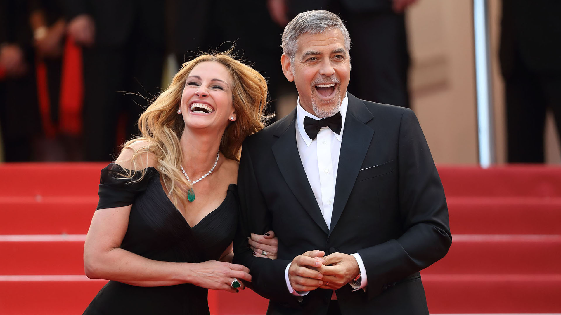 Julia Roberts is causing Trouble between George Clooney and Amal Clooney