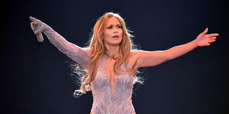 Jennifer Lopez Rumors: J-Lo is Losing Friends over Self-Obsession and throwing Tantrums