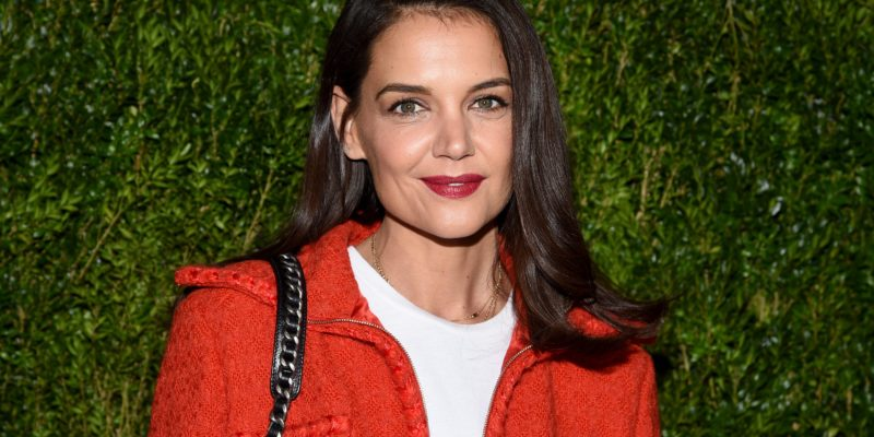 Katie Holmes Breakup Rumors: Actress is Crying Hard after Split from Boyfriend Emilio Vitolo Jr.